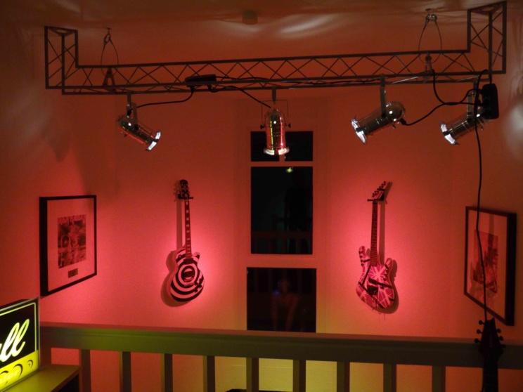Statt Picasso! Metal-Gitarren