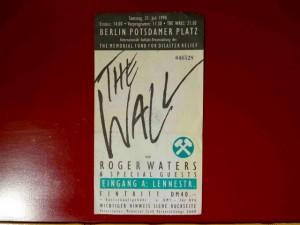 THE WALL Berlin 1990